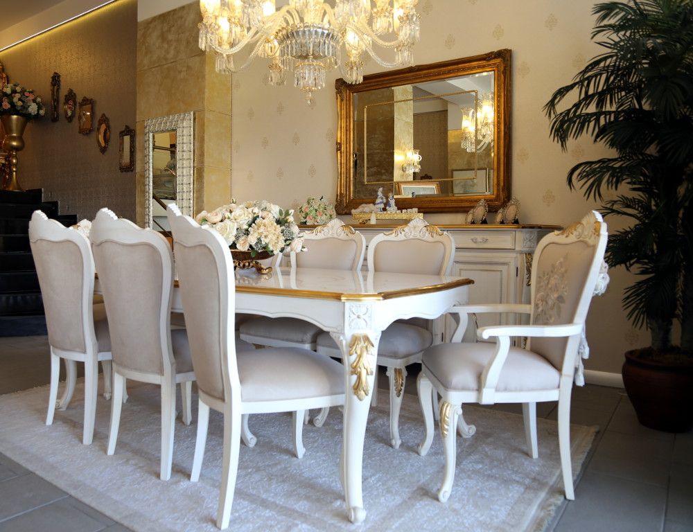 Classic Dining Rooms 3